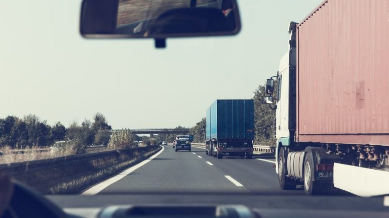 What the best fleet and transportation business software looks and works like